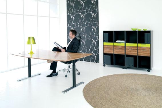 stor fustion i møbelbranchen